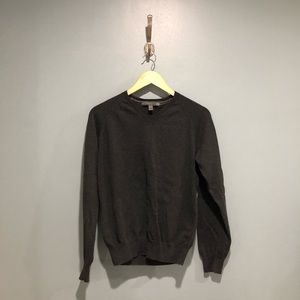Old Navy vneck charcoal sweater sz M